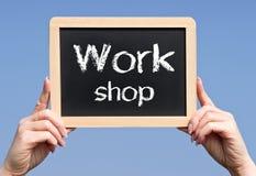 Segno del workshop immagini stock libere da diritti