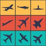 Segno dell'aeroplano Simbolo piano Icona di corsa Etichetta piana di volo Immagini Stock