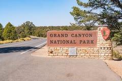 Segno dell'entrata del parco nazionale di Grand Canyon Fotografie Stock