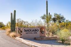 Segno dell'entrata del parco nazionale del saguaro fotografie stock
