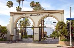 Segno dell'entrata dello studio di film del Paramount Pictures Immagine Stock Libera da Diritti