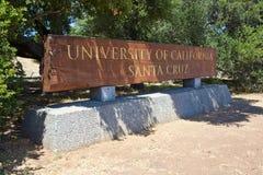 Segno dell'entrata di UCSC Immagine Stock