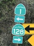 Segno dell'itinerario uno di California fotografia stock