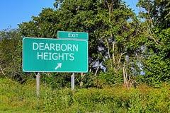 Segno dell'uscita della strada principale degli Stati Uniti per le altezze di Dearborn Immagine Stock