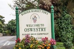 Segno della città di Oswestry fotografie stock libere da diritti
