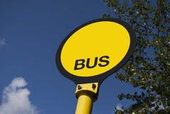 Segno della fermata dell'autobus Fotografia Stock Libera da Diritti