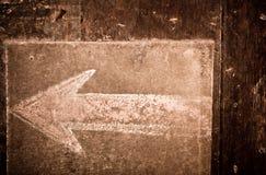 Segno della freccia del gesso dell'annata Fotografia Stock