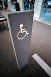 Segno della persona invalida Immagini Stock Libere da Diritti