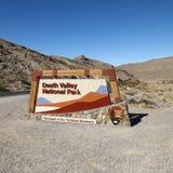 Segno della sosta nazionale del Death Valley. Fotografie Stock