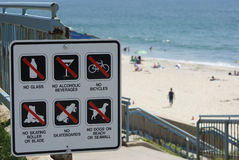 Segno della spiaggia Immagini Stock