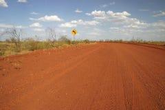 Segno della strada non asfaltata Fotografia Stock