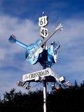 Segno della strada principale della chitarra dei blu di delta fotografia stock libera da diritti