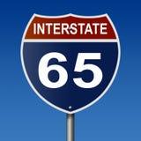 Segno della strada principale per l'itinerario da uno stato all'altro 65 Fotografia Stock Libera da Diritti
