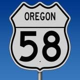 Segno della strada principale per l'itinerario 58 dell'Oregon Immagine Stock Libera da Diritti