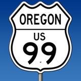Segno della strada principale per l'itinerario 99 dell'Oregon Immagine Stock