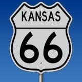 Segno della strada principale per Route 66 storico in Kansas Fotografia Stock