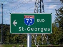 Segno della strada principale 73 della Quebec del sud alla st Georges From Quebec City immagine stock