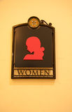 Segno della toilette della donna Fotografie Stock Libere da Diritti
