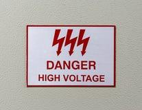 Segno di alta tensione del pericolo Fotografie Stock