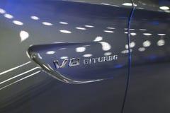 Segno di biturbo di V8 di un coupé 2017 di Mercedes Benz C 63s AMG Faro fronte Dettagli di esterno dell'automobile Immagine Stock
