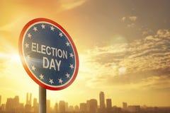 Segno di giorno delle elezioni con il tramonto Fotografia Stock