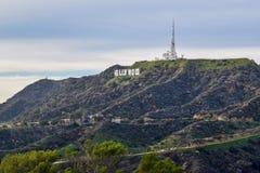 Segno di Hollywood visto dal supporto Hollywood al tramonto fotografia stock libera da diritti