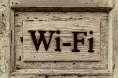 Segno di legno Wi-Fi Immagine Stock Libera da Diritti