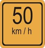 segno di limite di velocità di 50 km/hr Fotografia Stock