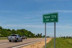 Segno di limite di Yazoo City Corp Ingresso al delta immagini stock