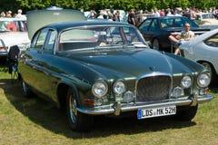 Segno di lusso 100% X &#x28 di Jaguar dell'automobile; Segni ten) Fotografia Stock