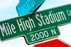 Segno di Mile High Stadium Immagini Stock Libere da Diritti