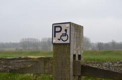Segno di parcheggio di inabilità Fotografia Stock Libera da Diritti