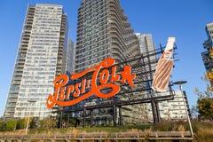 Segno di pepsi-cola su Long Island, New York immagini stock libere da diritti