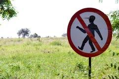 Segno di proibizione camminare Fotografie Stock