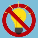 Segno di proibizione di uso delle lampadine della luce a incandescenza Fotografie Stock Libere da Diritti