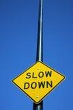 Segno di rallentamento Immagini Stock