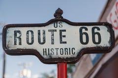 Segno di Route 66 storico immagini stock libere da diritti