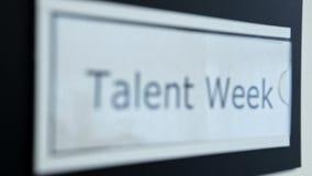 Segno di settimana di talento stock footage
