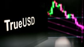 Segno di TrueUSD Cryptocurrency Il comportamento degli scambi di cryptocurrency, concetto Tecnologie finanziarie moderne illustrazione di stock