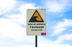 Segno di Tsunami - zona de amenaza Immagini Stock Libere da Diritti