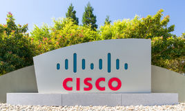 Segno e logo corporativi delle sedi di Cisco Systems Fotografia Stock Libera da Diritti
