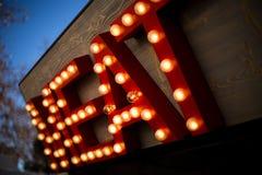 Segno gigante della luce della carne dello streetfood Fotografie Stock