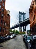 Segno, mattoni, vicino al ponte di Brooklyn Fotografia Stock Libera da Diritti