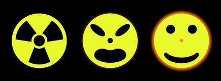 Segno nucleare che trasforma un sole Immagini Stock Libere da Diritti