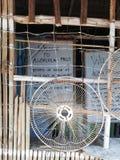 Segno positivo alle cadute di Abalala su Mindoro immagini stock libere da diritti