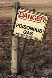Segno rustico del pericolo Fotografie Stock