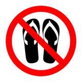 Segno severo con l'icona di glifo delle pantofole Nessun sandalo, cinghie o apre le calzature piantate Fotografia Stock Libera da Diritti