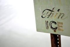 Segno sottile del ghiaccio Fotografia Stock Libera da Diritti