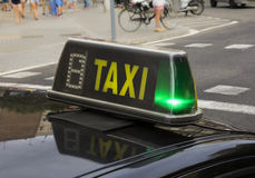 Segno spagnolo del taxi fotografie stock libere da diritti
