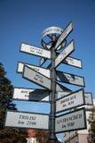 Segno turistico di distanza, Cracovia Fotografia Stock Libera da Diritti